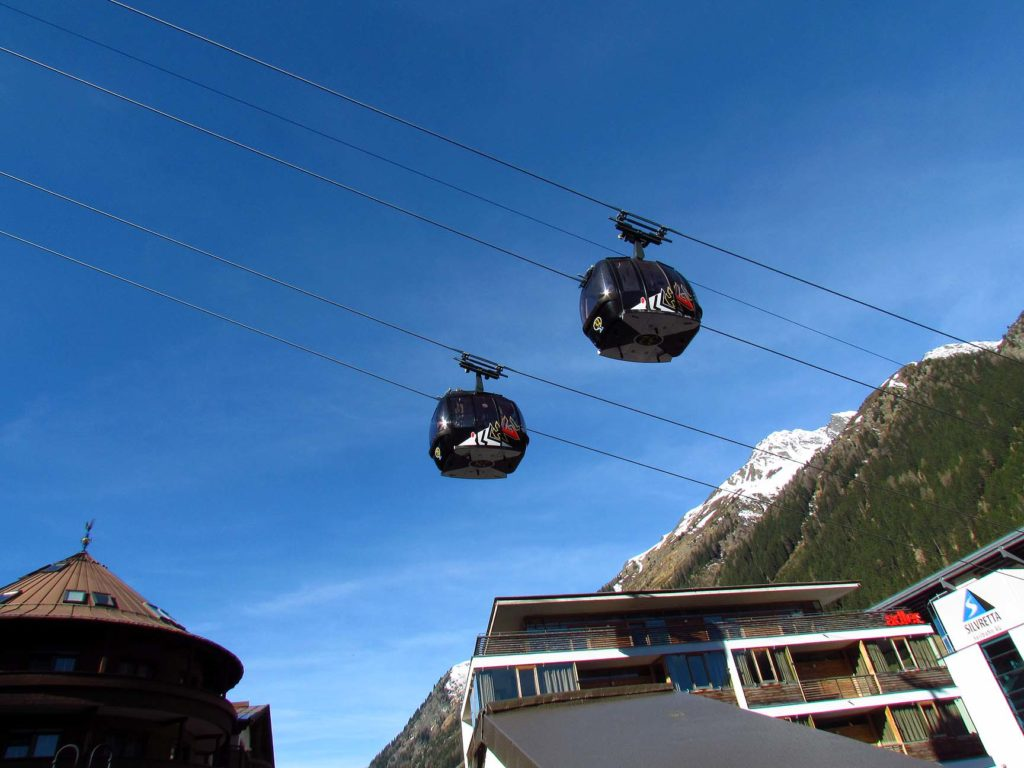 Ischgl gondola prosto z centrum miasta na stok